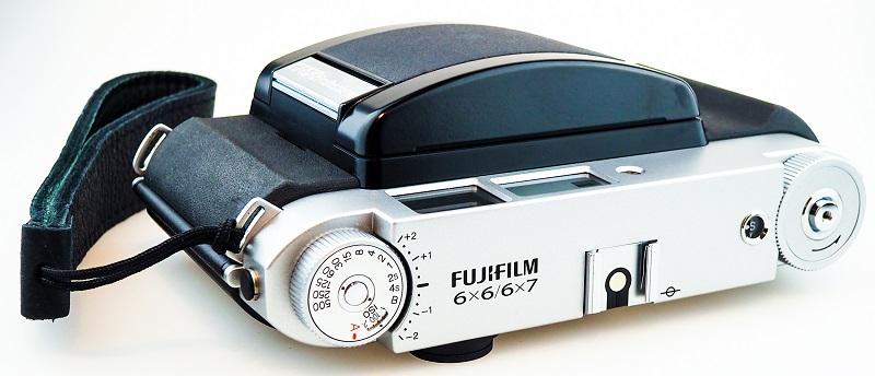 FUJI GF670 cerrada
