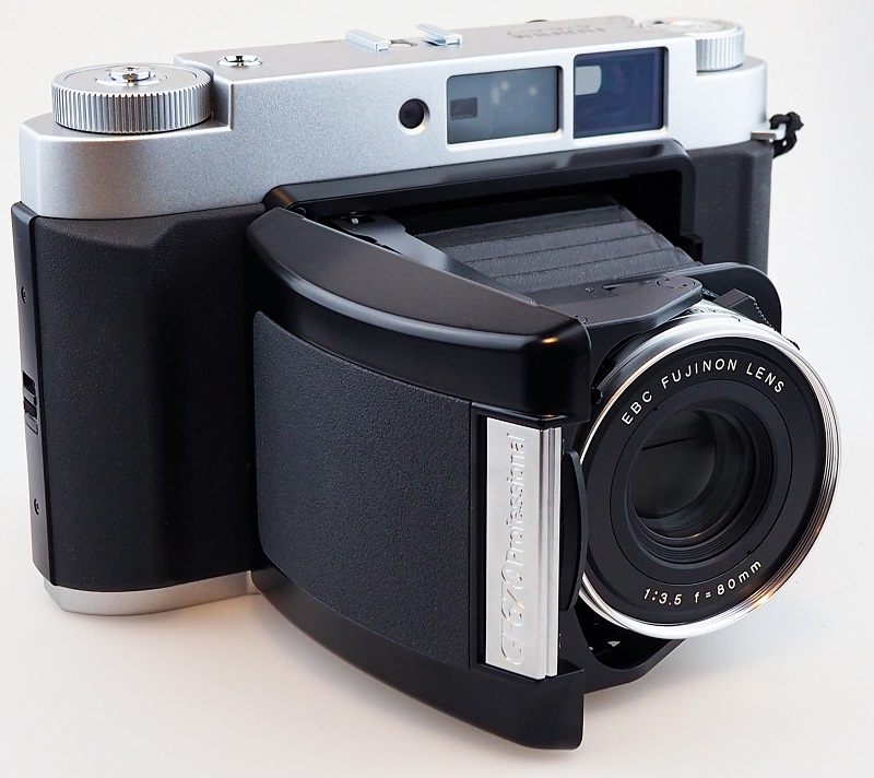 FujiFilm GF 670